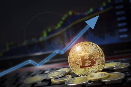В какую криптовалюту начать инвестировать денежные средства. Подробно от А до Я